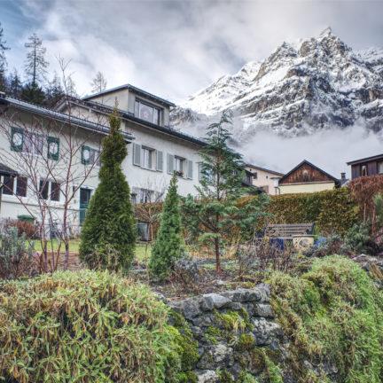 Tempelaufenthalt und Meditation im Lambda Zen Tempel in der Schweiz