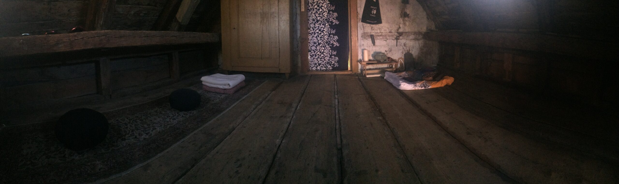 First 7-day Insopor Zen Academy retreat in January in an unheated attic
